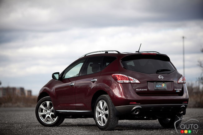 2012 Nissan Murano LE AWD Platinum Edition rear 3/4 view