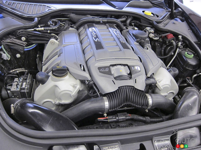 2012 Porsche Panamera Turbo engine
