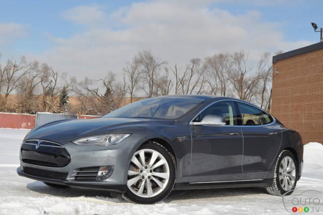 2015 Tesla Model S P85