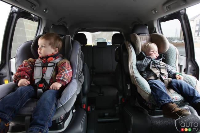 votre enfant est il bien en s curit dans son si ge d 39 auto cet hiver. Black Bedroom Furniture Sets. Home Design Ideas