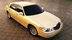 2001 Lincoln Town Car Specifications Car Specs Auto123