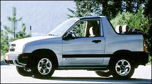 chevrolet tracker Base