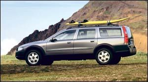 2004 volvo xc70 specifications car specs auto123. Black Bedroom Furniture Sets. Home Design Ideas