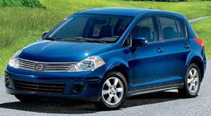Nissan versa 2009 hatchback