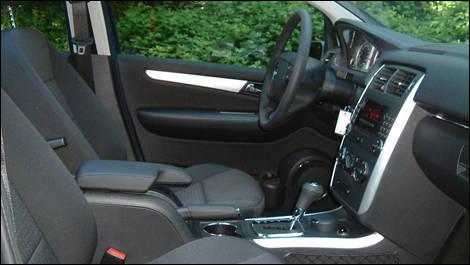 Essais routiers auto123 for Golf interieur terrebonne