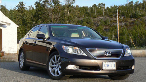 2008 lexus ls 460 review video editor 39 s review car news auto123. Black Bedroom Furniture Sets. Home Design Ideas