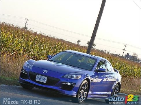 2009 Mazda RX-8 R3 Review (video) Editor's Review | Car News | Auto123