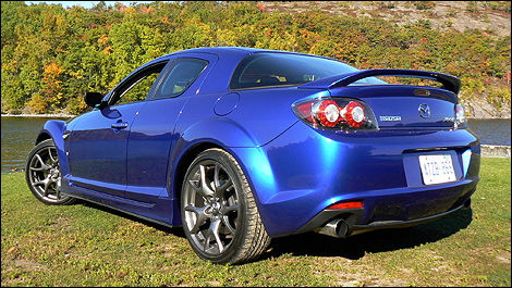 2009 Mazda RX 8 R3 Review (video)