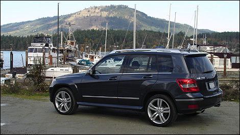 2010 mercedes benz glk350 first impressions editor 39 s. Black Bedroom Furniture Sets. Home Design Ideas