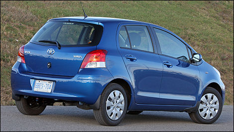 2009 Toyota Yaris Hatchback LE Review