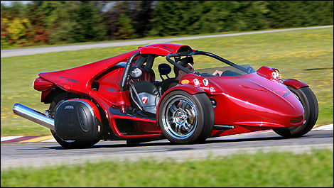 quebec allows car permit holders to drive the campagna t rex and v13r three wheelers car news. Black Bedroom Furniture Sets. Home Design Ideas