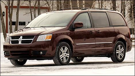 2009 Dodge Grand Caravan Sxt Review Editor S Review Car Reviews Auto123