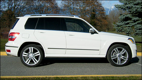 2010 mercedes benz glk350 4matic review editor 39 s review. Black Bedroom Furniture Sets. Home Design Ideas