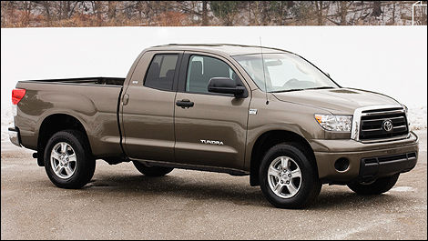 the 2010 toyota tundra new more powerful 4 6 litre engine. Black Bedroom Furniture Sets. Home Design Ideas