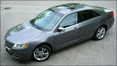 2010 Lincoln Mkz Awd Review Editor S Review Car Reviews Auto123