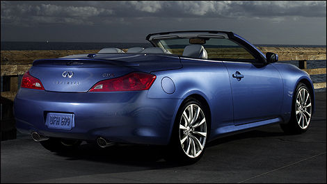 g37 convertible infiniti canada announces pricing on. Black Bedroom Furniture Sets. Home Design Ideas