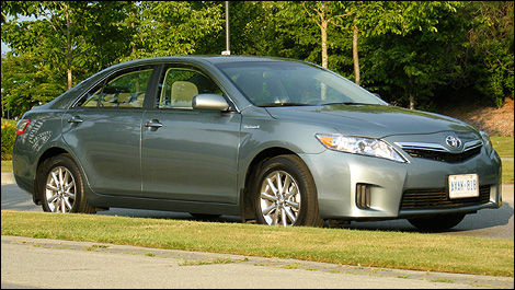 2010 Toyota Camry Hybrid Review
