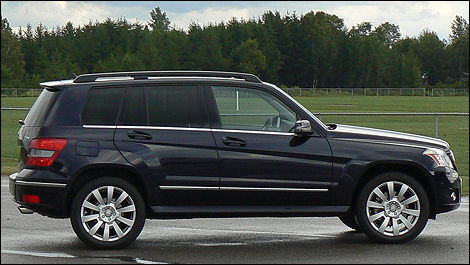 2010 Mercedes-Benz GLK 350 Review (video) Editor's Review ...