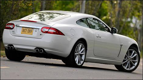 2010 Jaguar XKR Review