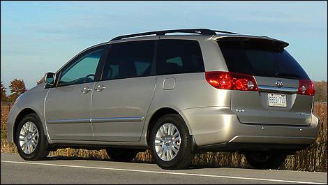 2010 toyota sienna i01 - 2010 Toyota Sienna Limited