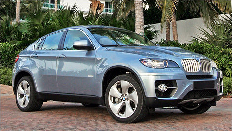 The Bmw X6 Activehybrid Stands Out With A Bulging Hood K Dome