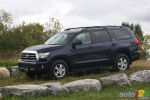 2010 Toyota Sequoia SR5 V8 4.6L Review