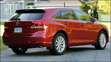 2009 Toyota Venza V6 AWD Review