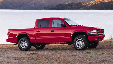 The Smaller Dodge Truck Fills Larger Side Of Market When It Comes To Compact Pickups If You Re Stuck Somewhere Between And Small On