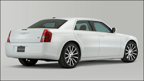 Starting With The Sedan That Marked Return Of Great American Car New 2010 Chrysler 300s Models Available A 3 5 Liter V 6 Engine