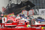 IRL: Spectaculaire album photo de la collision survenue en s�rie IndyCar