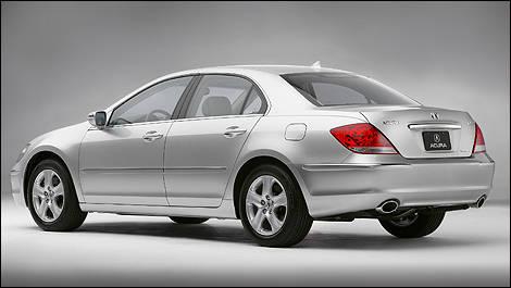 2005 2008 acura rl pre owned car news auto123