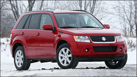 The Suzuki Grand Vitara Is A True Suv And Proud Of It Photo Luc Gagne Auto123 Com