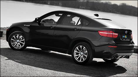 2010 Bmw X6 M Review Editors Review Car Reviews Auto123