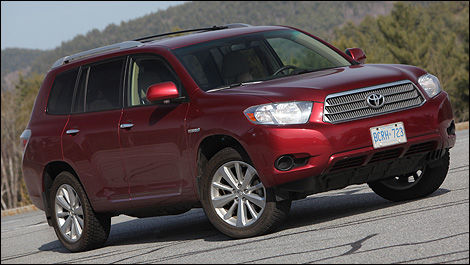 2010 Toyota Highlander Hybrid Limited Review