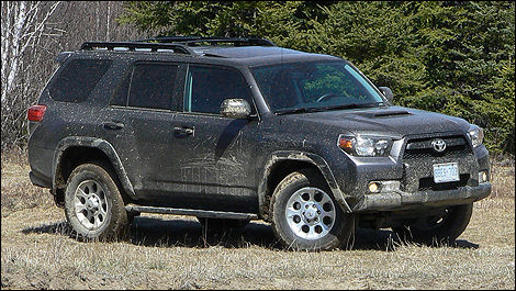 High Quality 2010 Toyota 4Runner SR5 V6 Trail Edition Review (video)