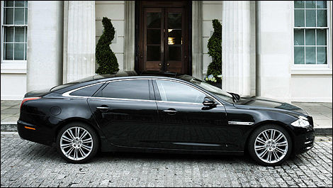 jaguar launches chauffeur program with the new xj | car news | auto123