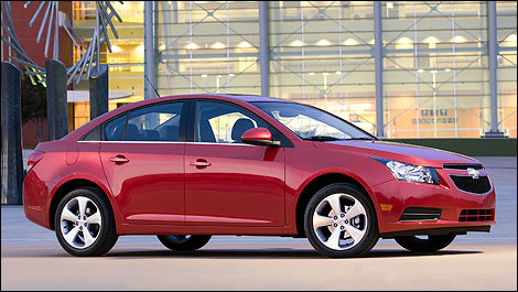 Gm Canada Announces Chevrolet Cruze Prices Car News Auto123