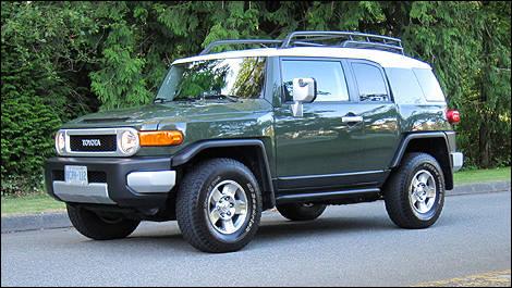2010 Toyota FJ Cruiser Review