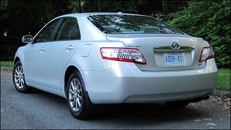 2011 toyota camry hybrid review editors review car news auto123 2011 toyota camry hybrid review publicscrutiny Choice Image