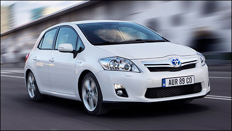 Toyota Of Paris >> True Or False Toyota To Unveil A Yaris Hybrid In Paris