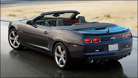 2011 Chevrolet Camaro Convertible To Open Its Roof At The Los
