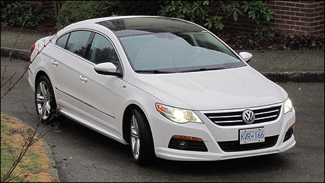 2011 volkswagen cc 2 0 tsi highline review editor 39 s review car news auto123. Black Bedroom Furniture Sets. Home Design Ideas