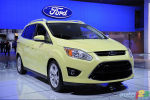 Detroit 2011: Ford unveils two hybrid variants of the C-MAX (video)
