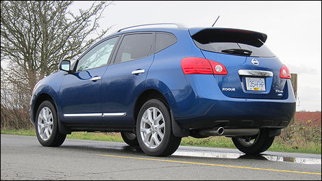 2011 Nissan Rogue Sv Awd Review Editor S Review Car Reviews Auto123