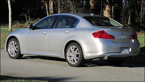 2011 infiniti g37x sport awd review editor 39 s review car. Black Bedroom Furniture Sets. Home Design Ideas