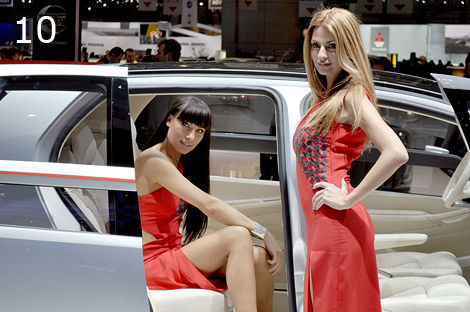 Top 10 Most Beautiful Girls from the Geneva Motor Show