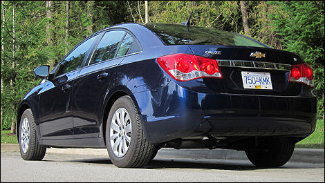 2011 Chevrolet Cruze LT Turbo Review Editor's Review | Car