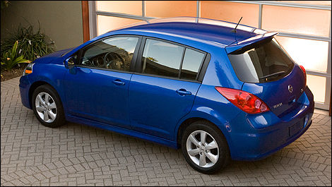 2011 Nissan Versa Hatchback 1.8 SL Review