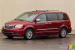 2011 Chrysler Town & Country Limited review