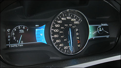 There Are Two Small Screens That Form Part Of The Instrument Cluster Book Ending A Largeogue Speedometer Photo Rob Rothwell Auto Com